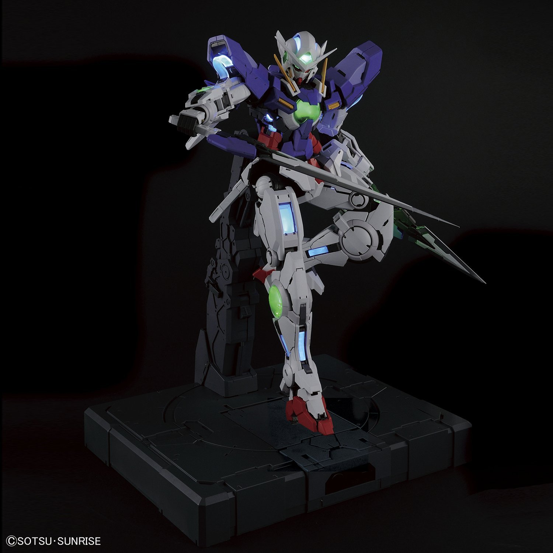 "Bandai Perfect Grade Gundam Exia ""Gundam 00"" (Lighting ..."