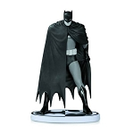 Batman Black and White Statue by Dave Mazzucchelli 2nd Edition Statue