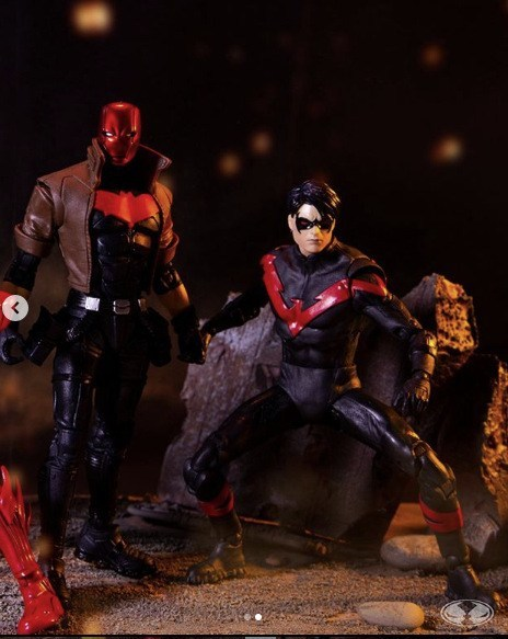 NIGHTWING vs. RED HOOD - DC MULTIVERSE McFarlane Toys 7-Inch Action Figure 2-PACK