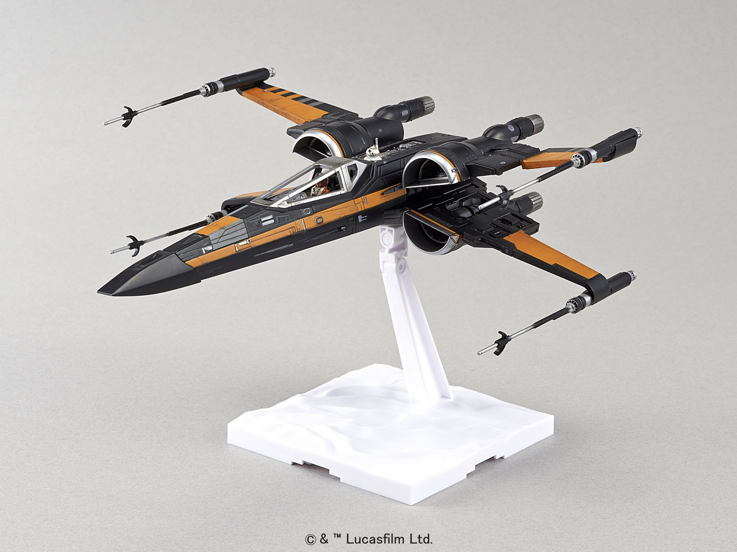 bandai star wars 1 72 plastic model poe 39 s x wing fighter. Black Bedroom Furniture Sets. Home Design Ideas