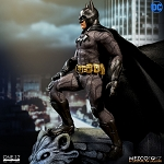 Mezco One:12 Collective Batman Sovereign Knight